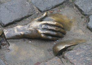 Bronze breast at Oudekerksplein, Amsterdam