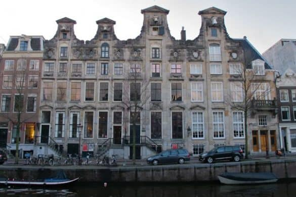 Cromhout canal houses